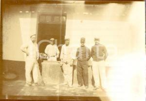 1915 ca ALGERIE FRANCAISE Soldats de corvee dans la cuisine de la caserme du Bey