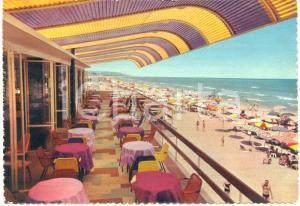 1963 PESCARA Stabilimento GABBIANO e spiaggia *Cartolina ANIMATA VINTAGE FG VG