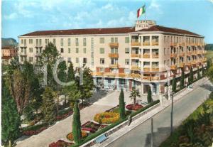 1961 ABANO TERME (PD) Tricolore garrisce sull'Hotel Terme Italia Cartolina FG VG