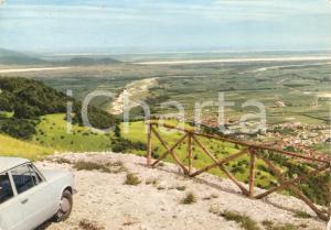 1982 MANIAGO (PN) Auto domina la valle *Cartolina FG VG