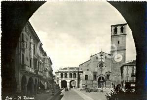 1959 LODI Veduta di PIAZZA DELLA VITTORIA con il DUOMO *Cartolina postale FG VG