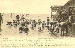 1904 VENEZIA Bagnanti al riparto uomini del LIDO *Cartolina ANIMATA FP VG