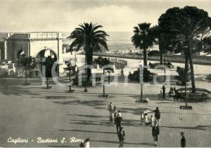 1950 ca CAGLIARI I Bastioni di SAINT REMY *Cartolina postale ANIMATA FG NV