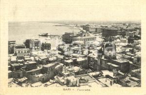 1930 ca BARI Veduta panoramica della città e del porto *Cartolina postale FP NV