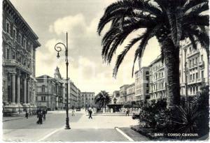 1950 ca BARI Corso CAVOUR e la Fontana *Cartolina ANIMATA FG VG