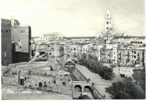 1959 BARI Scorcio del Castello SVEVO *Cartolina FG VG