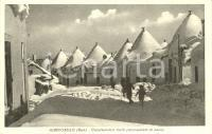 1952 ALBEROBELLO (BA) Caratteristici trulli ammantati di neve *Cartolina ill. FP