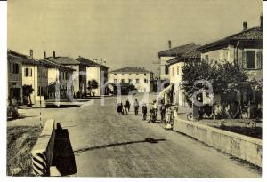 1950 ca ARGELATO (BO) Ingresso al paese *Cartolina ANIMATA FG NV