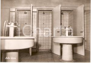 1950 ca ROMAGNANO SESIA (NO) COLLEGIO CONVITTO CURIONI Sala docce FG NV