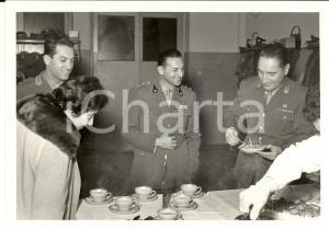 1959 BERGAMO Brigata TRASMISSIONI Buffet di Natale per gli ufficiali *Foto