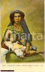 1910 Donna Beduina - Bedouine allaitant son enfant