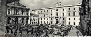 1955 ca POTENZA Piazza Mario PAGANO Animata Manifesto Giovanni GRONCHI Cartolina