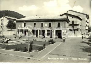 1960 ca ROCCARASO (AQ) Veduta di Piazza MUNICIPIO *Cartolina FG VG