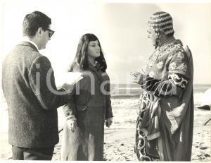 1961 GLI INCENSURATI Vittorio DE SICA e Marisa MERLINI *Foto
