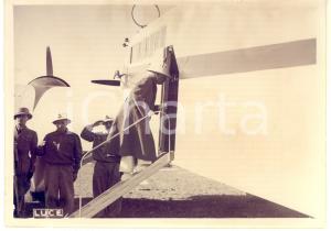 1938 NALUT (LIBIA) Principe UMBERTO II si imbarca in aereo per GADAMES *Foto