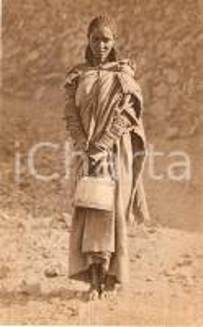1930 ca ERITREA A.O.I. Donna indigena Altipiano Eritreo costumi tipici Cartolina