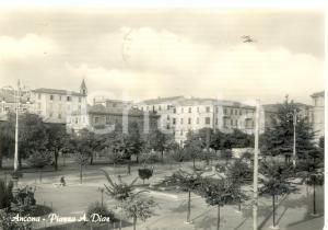 1958 ANCONA Veduta di Piazza ARMANDO DIAZ *Cartolina postale ANIMATA FG VG