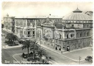1951 BARI Teatro PETRUZZELLI e Banca d'Italia *Cartolina FG VG ANIMATA autobus