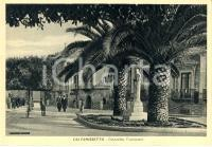 1942 CALTANISSETTA Passanti in piazzetta Michele TRIPISCIANO *ANIMATA FG VG
