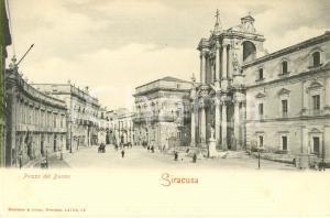 1900 ca SIRACUSA Veduta della piazza del DUOMO *Cartolina postale ANIMATA FP NV
