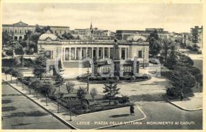 1940 ca LECCE Monumento ai Caduti in Piazza della VITTORIA *ANIMATA FP VG
