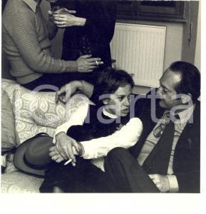 1970 ca ROMA Pasquale FESTA CAMPANILE ed Elena RICCI all'inizio della relazione