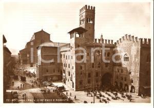1950 ca BOLOGNA Palazzo RE ENZO e Palazzo Podestà *Cartolina ANIMATA FG NV