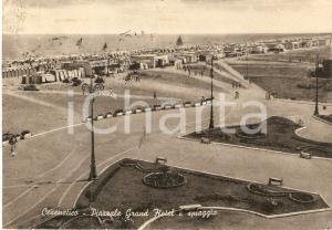 1958 CESENATICO (FC) Piazzale Grand Hotel e spiaggia *Cartolina FG VG
