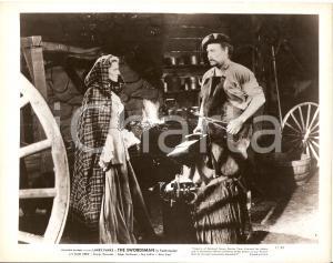 1948 THE SWORDSMAN Ellen DREW incontra il fabbro *Foto di scena