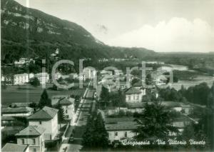 1957 BORGOSESIA (VC) Veduta di Via Vittorio Veneto *Cartolina postale FG VG