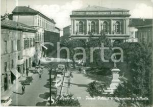 1960 ca L'AQUILA Piazza Palazzo Monumento a SALLUSTIO *Cartolina FG VG