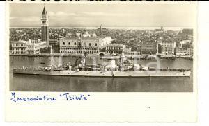 1940 ca VENEZIA REGIA MARINA Incrociatore TRIESTE davanti a SAN MARCO *Cartolina