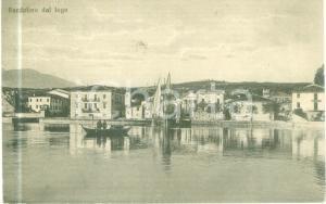 1923 BARDOLINO (VR) Panorama dal lago con barca *Cartolina FP VG