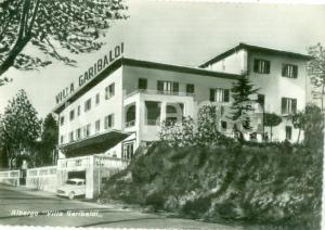 1959 CHIANCIANO TERME (SI) Facciata Albergo Villa GARIBALDI *Cartolina FG VG