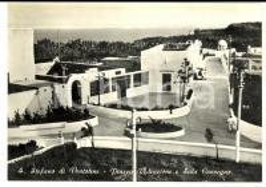 1970 ca ISOLA DI SANTO STEFANO (LT) Piazza Redenzione *Cartolina postale FG NV