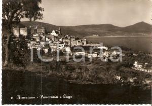 1955 BRACCIAMO (RM) Panorama del paese e del lago *Cartolina FG VG