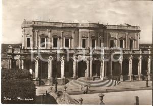 1956 NOTO (SR) Panorama con Municipio *Cartolina FG VG