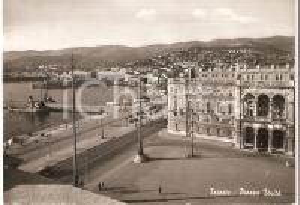 1951 TRIESTE Piazza Unità e molo *Cartolina FG VG