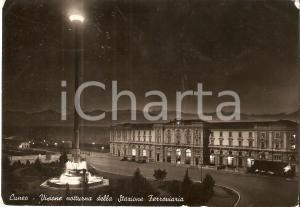 1953 CUNEO Veduta notturna della stazione ferroviaria *Cartolina FG VG