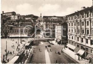 1950 TRIESTE Piazza GOLDONI e sede del quotidiano IL PICCOLO *Cartolina FG VG