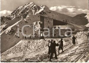 1953 OROPA (NO) Sciatori all'Albergo SAVOIA verso Monte MUCRONE *Cartolina FG VG