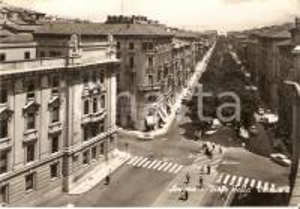 1962 ANCONA Pedoni attraversano Viale della Vittoria *Cartolina FG VG