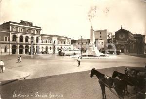1956 SALERNO Torpedone e cavalli da tiro in Piazza Ferrovia *Cartolina FG VG