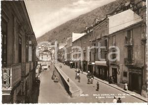 1956 SALA CONSILINA Via DE PETRINIS e Corso Vittorio Emanuele *Cartolina FG VG