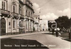 1952 MANDURIA (TA) Palazzo Schiavoni in Piazza Vittorio Emanuele II Cartolina FG
