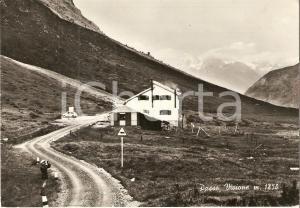 1974 PASSO DEL VIVIONE (BG) Panorama con rifugio e FIAT 500 *Cartolina FG VG
