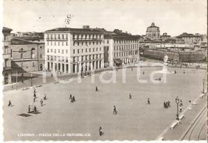 1960 ca LIVORNO Piazza della Repubblica *Cartolina ANIMATA FG VG