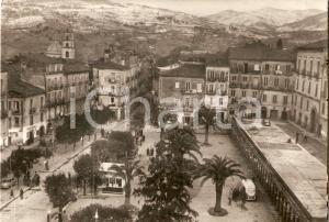 1957 VALLO DELLA LUCANIA (SA) Piazza Vittorio Emanuele *Cartolina FG VG