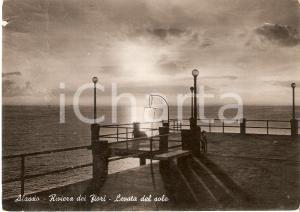 1953 ALASSIO (SV) Alba vista dal molo *Cartolina FG VG