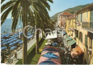 1971 ALASSIO (SV) Passeggiata e spiaggia BORGO BARUSSO *Cartolina FG VG